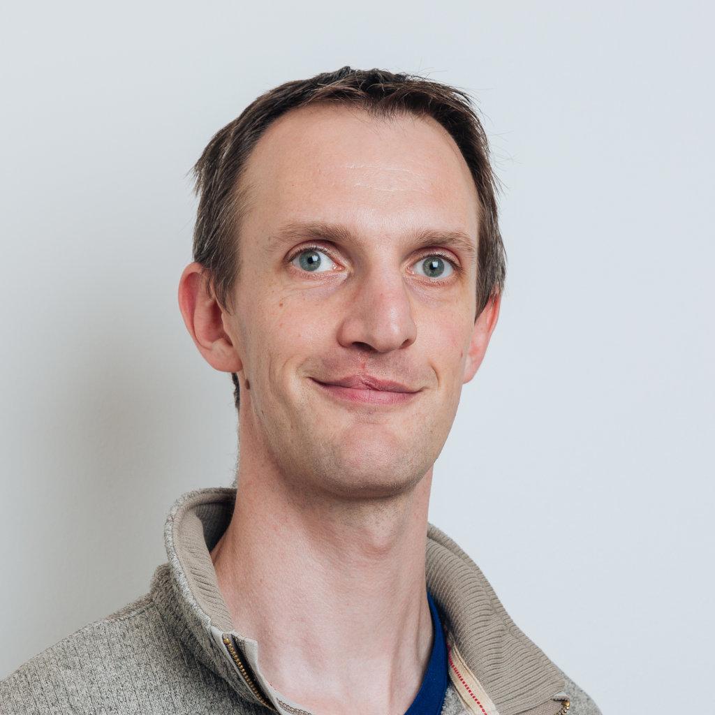 Dr David Barton