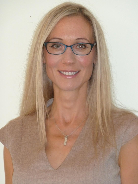 Dr Charlotte Bradbury