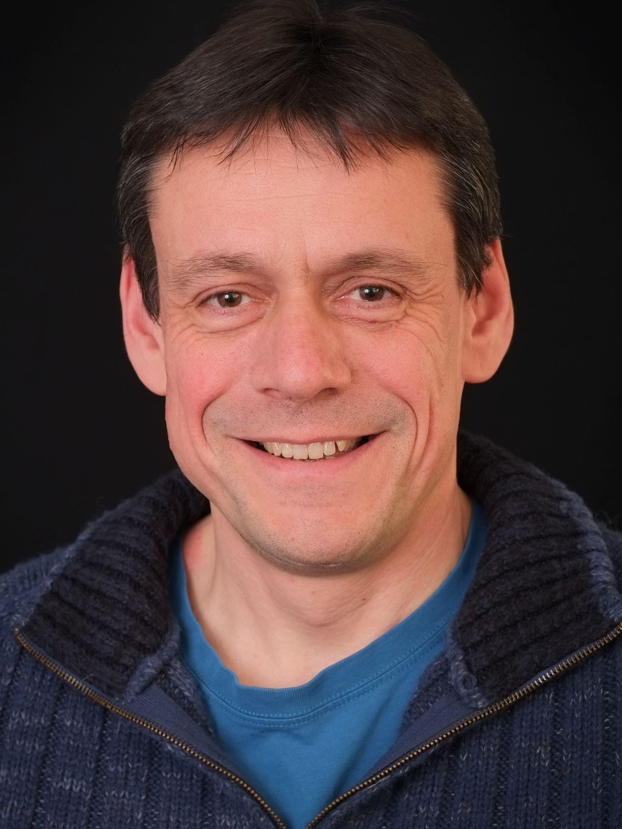 Professor William Hollingworth