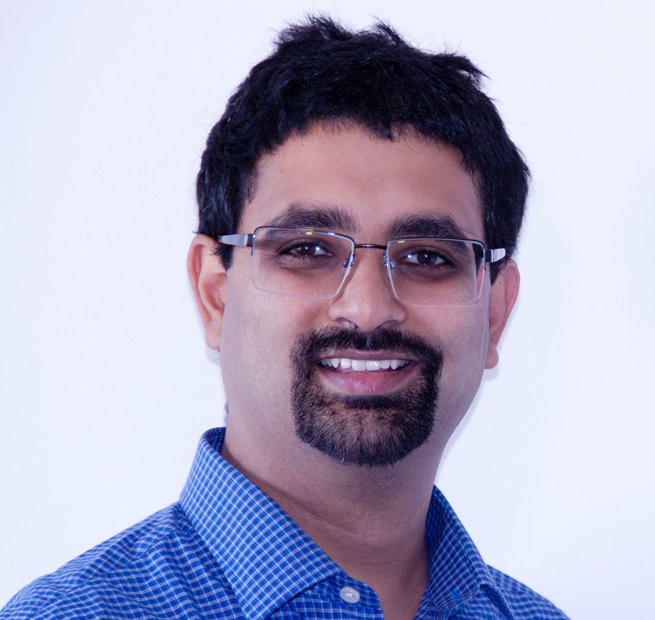 Dr Siddarth Joshi