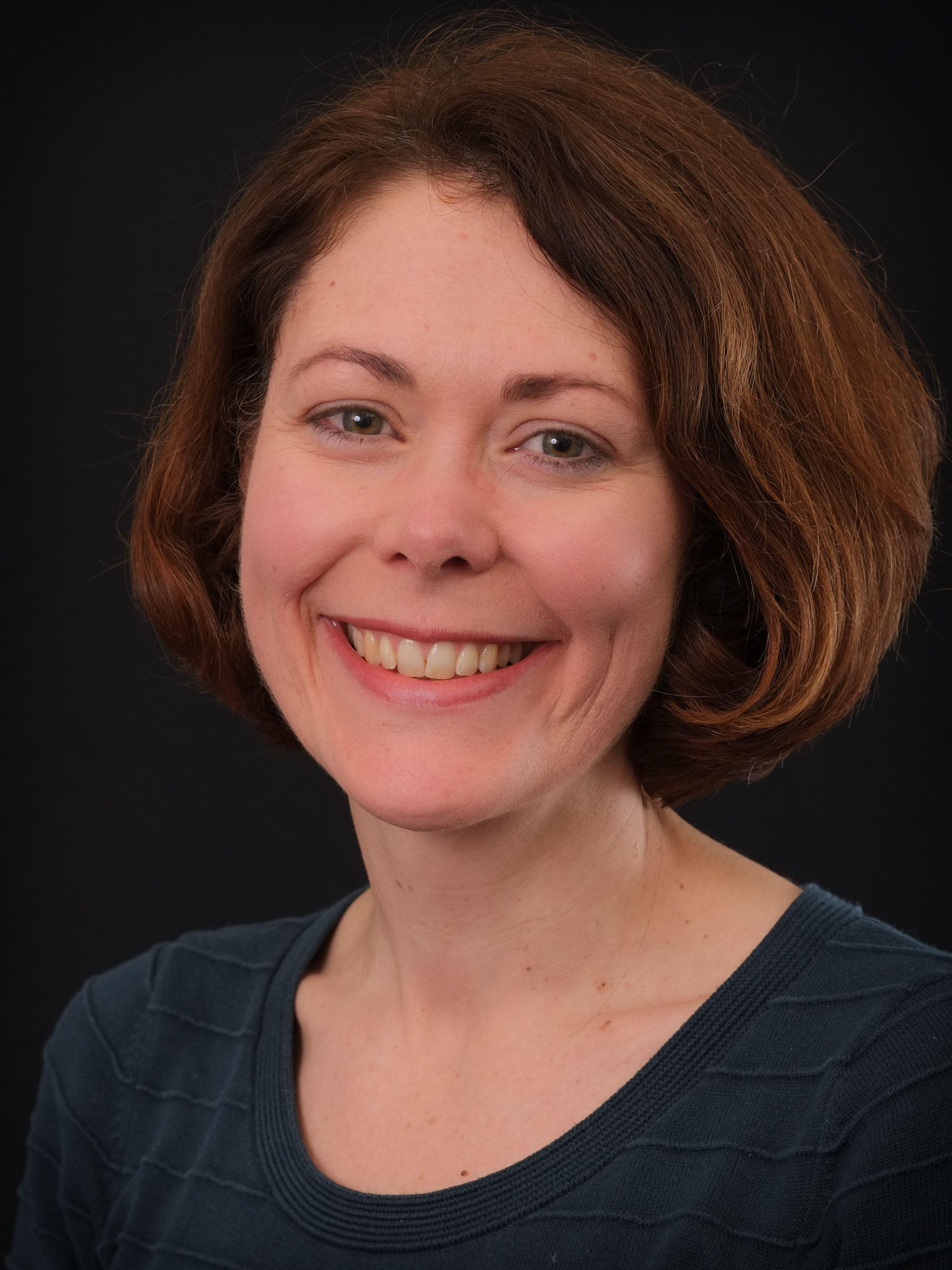 Dr Ruth Kipping