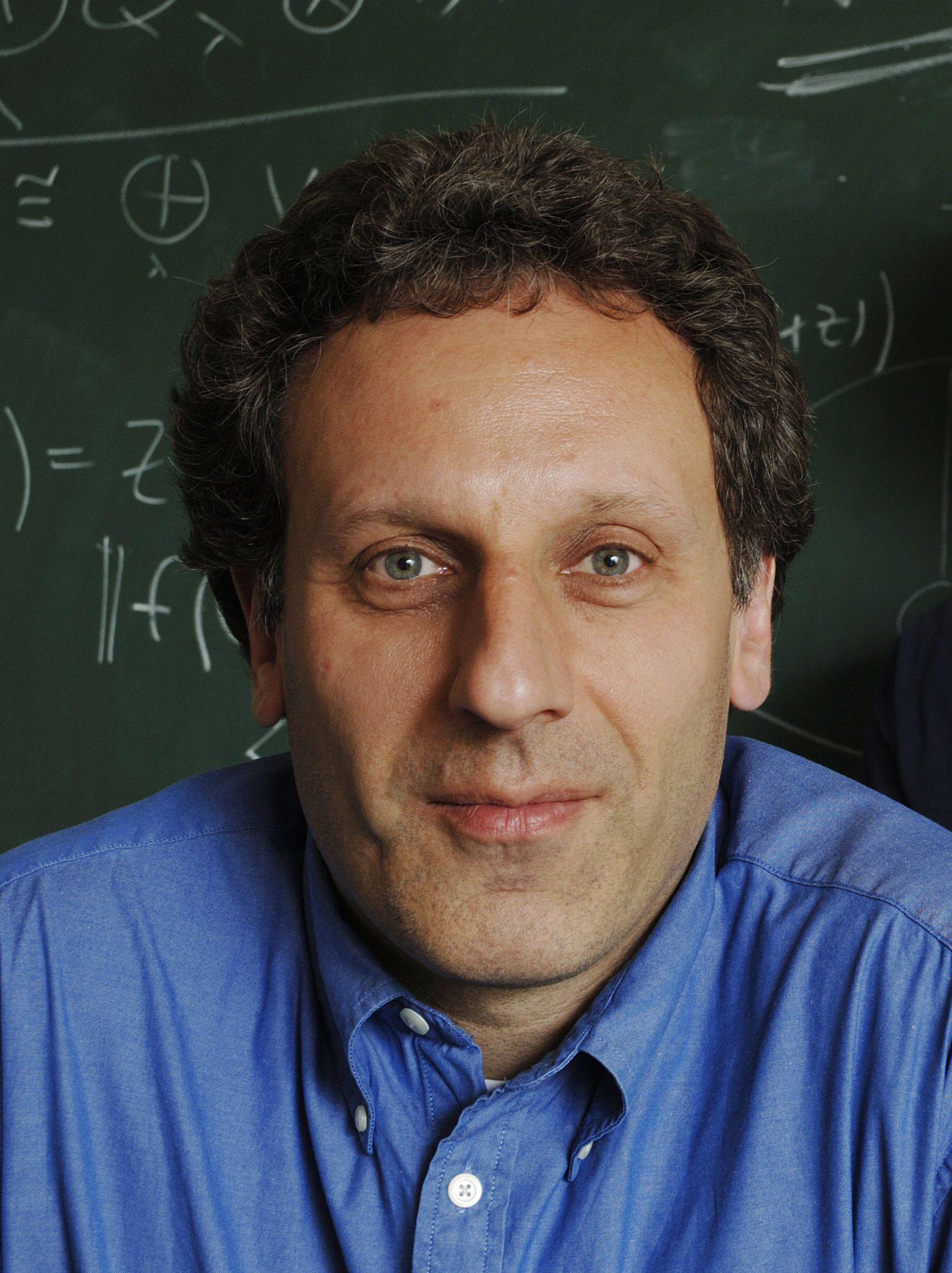 Professor Noah Linden