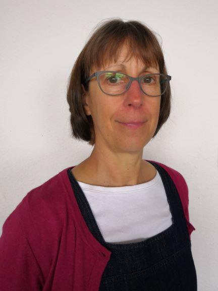Ms Hilary Taylor