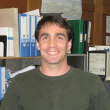 Dr Alexander Velichko