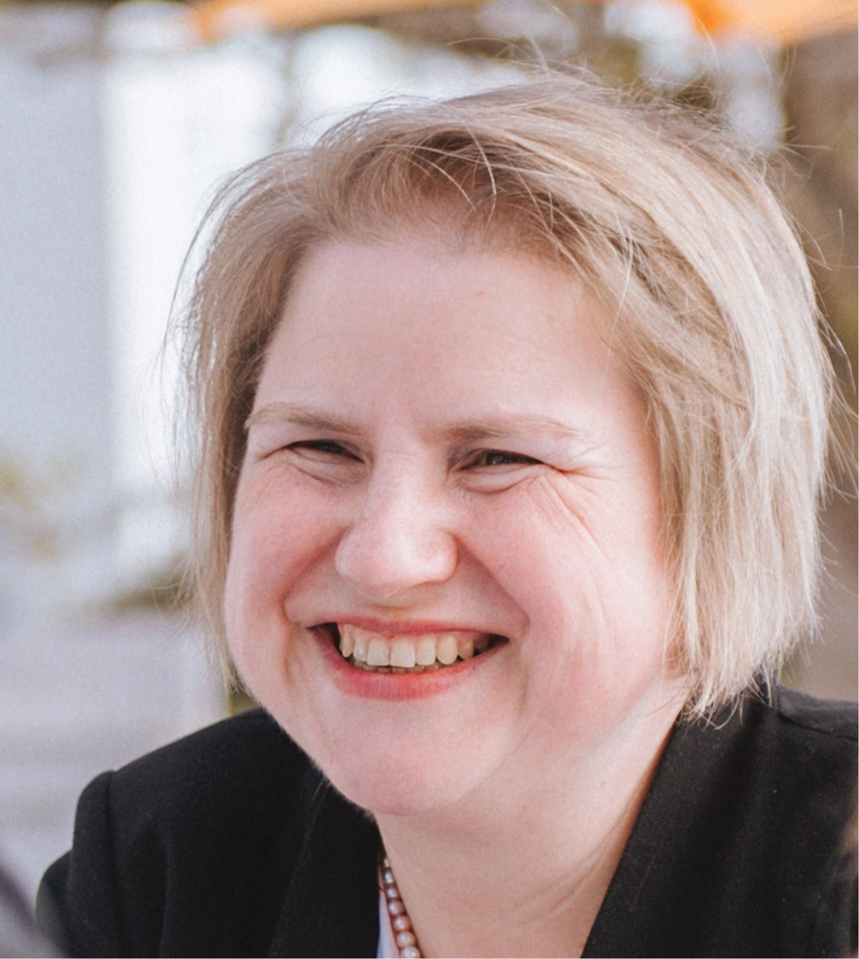Professor Daniela Schmidt