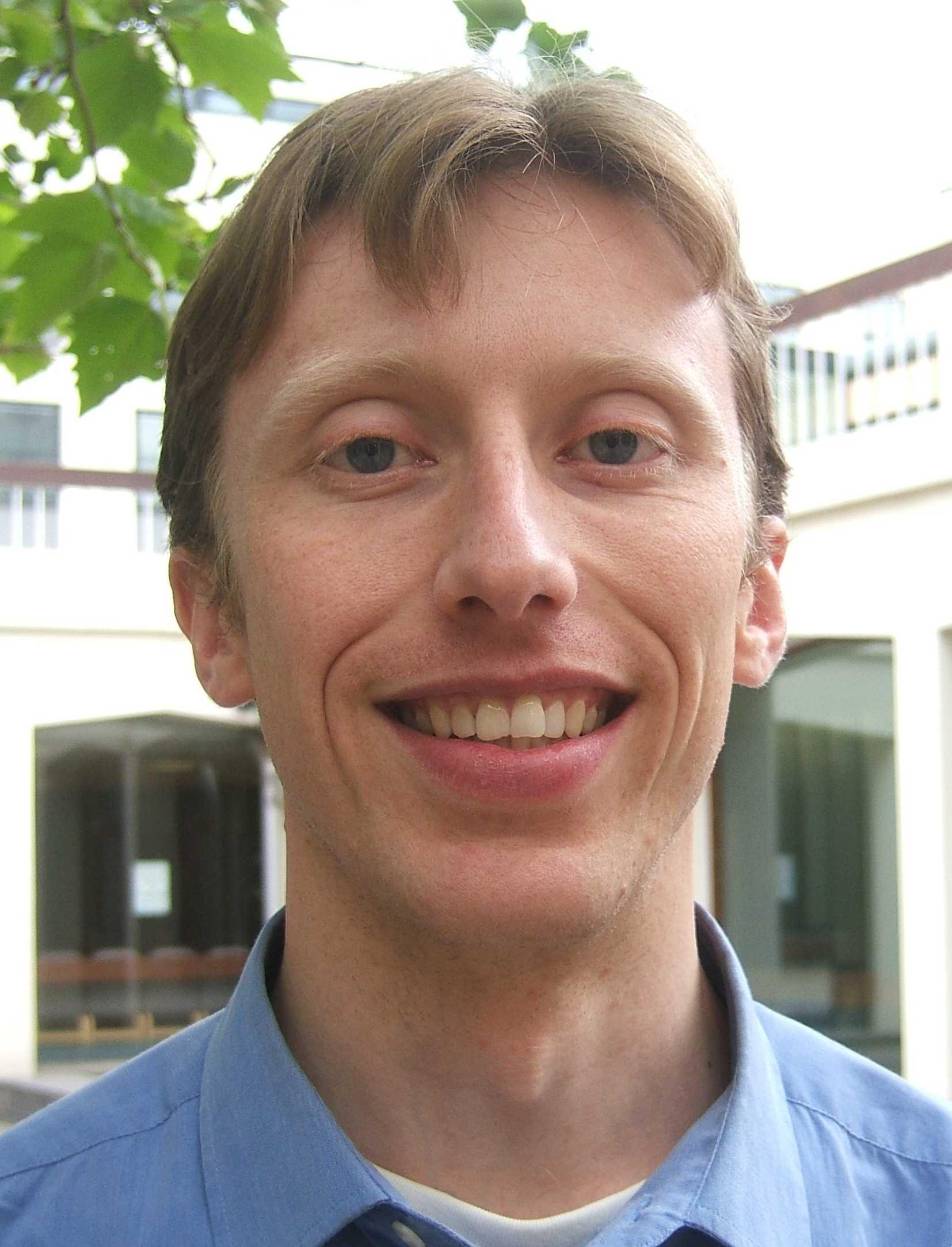 Dr Marc Van der Kamp