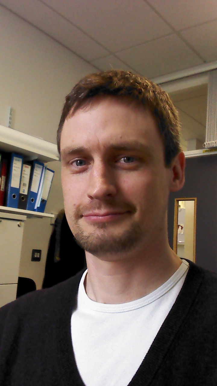 Dr Andrew Moore