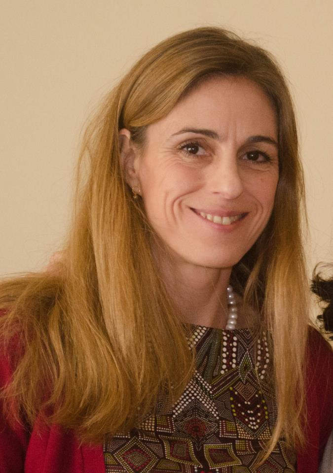 Dr Isabel Oliver
