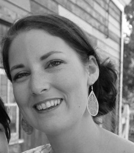 Dr Hannah Sallis