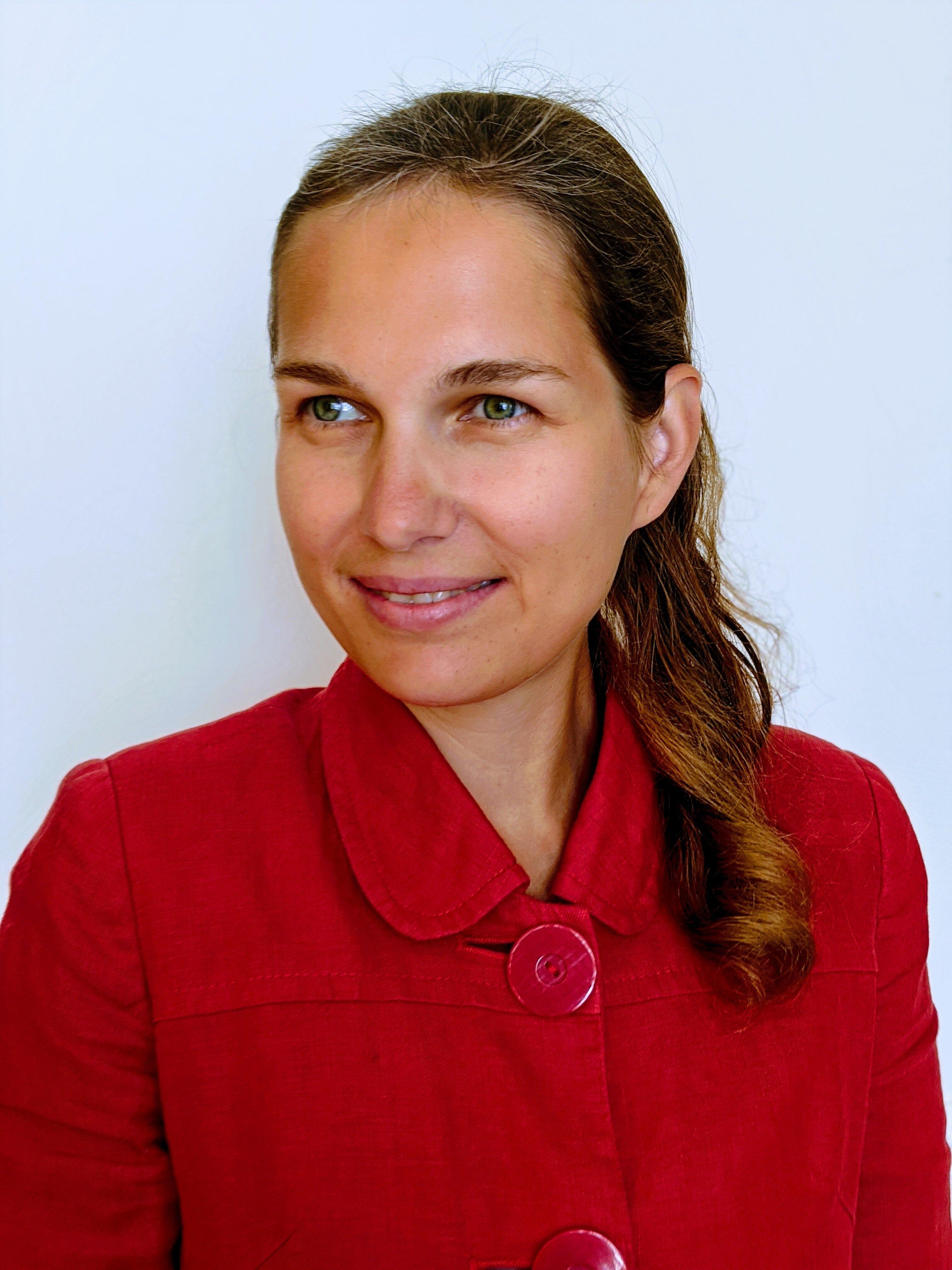 Dr Anya Skatova